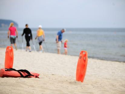Kolejne ofiary nad polskim morzem. W Ustce utopiły się dwie osoby. Czy ta czarna seria wreszcie się skończy?