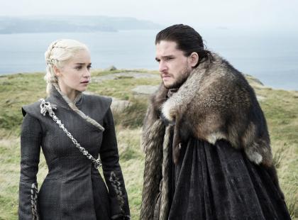 """Kolejny sezon """"Gry o tron"""" za rok. Co oglądać w tym czasie? Mamy 5 seriali na zastępstwo"""