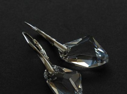 Kolekcja biżuterii ślubnej EmiFashion