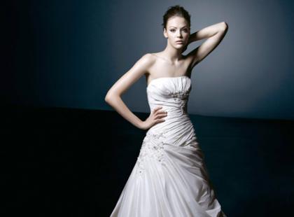 Kolekcja Constantina Bridal Benjamin Roberts wiosna/lato 2010