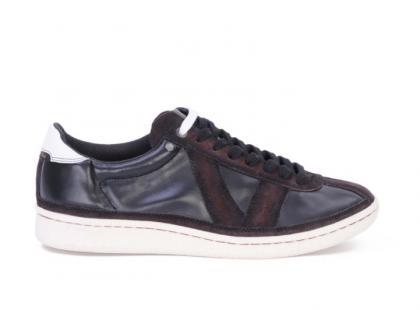Kolekcja damskiego obuwia Diesel Black Gold - jesień/zima 2010/2011