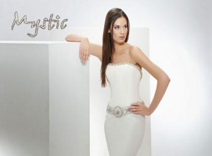 Kolekcja sukien ślubnych Mystic Collection wiosna/lato 2009