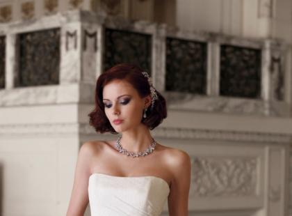 Kolekcja sukien ślubnych Sophia Tolli 2010