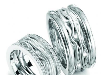 Kolekcja zaręczynowa z wiosenno-letniej linii YES