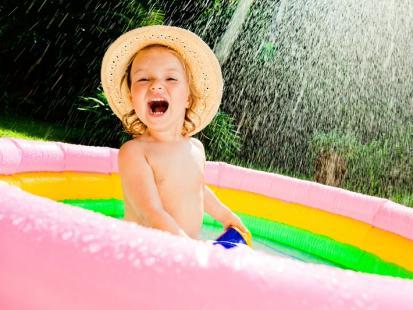 Kolorowe baseny ogrodowe dla dzieci