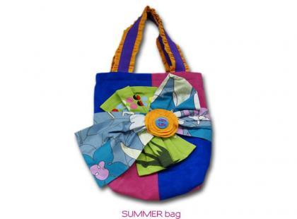 Kolorowe, nieprzeciętne torebki BagByMeg