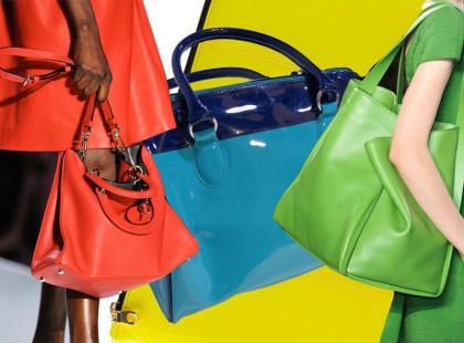 Kolorowe torebki wiosna 2012 - ponad 60 modeli