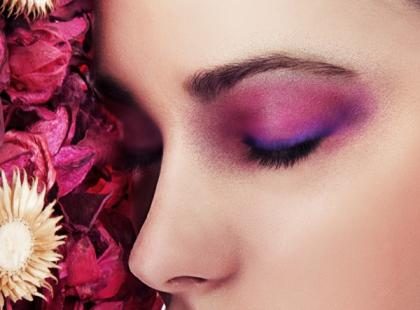 Kolorowy makijaż na sylwestra i karnawał