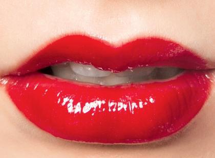 Kolorowy makijaż ust