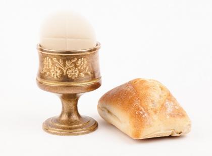 Komunia święta dla chorych na celiakię, czyli hostia bez glutenu
