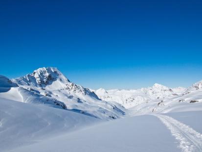 Koniec sezonu narciarskiego? Skąd! Zakochaj się w ski touringu!