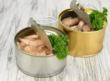 Konserwy – czy jedzenie w puszkach jest zdrowe?