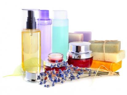 Kosmetyki do włosów – droższe znaczy lepsze?