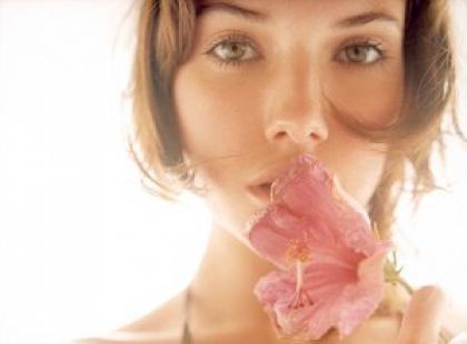 Kosmetyki naturalne - nowi przyjaciele kobiety XXI wieku