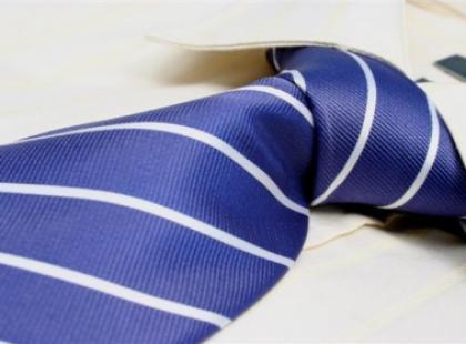 Krawat - idealny prezent na gwiazdkę