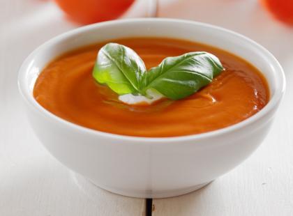 Krem pomidorwy z żurawinowym pesto - krok po kroku