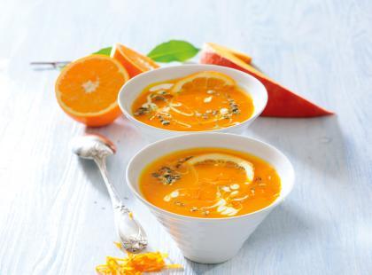 Kremowa i sycąca - sprawdź nasze przepisy na zupę dyniową