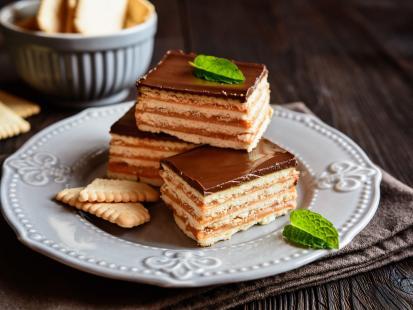 Kruche i kremowe jednocześnie - sprawdź przepisy wyśmienite ciasto 3 bit