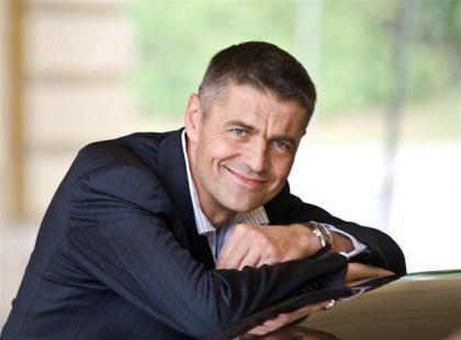 Krzysztof Hołowczyc twarzą zegarków Atlantic