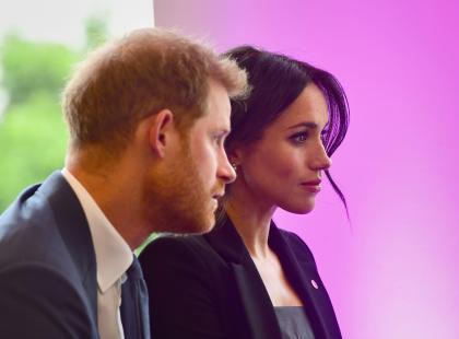 Książę Harry i księżna Meghan przeżyli chwile grozy na pokładzie samolotu do Sydney!