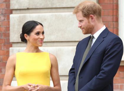 Książę Harry odtrącił dłoń Meghan Markle. Przypadek czy pierwszy kryzys?
