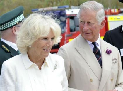 Książę Karol i Camilla Parker Bowles oglądali razem ćwiczenia służb ratowniczych