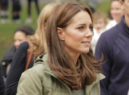 Księżna Kate zachwyciła figurą w spodniach z Zary. Ten model kosztuje 139 zł!