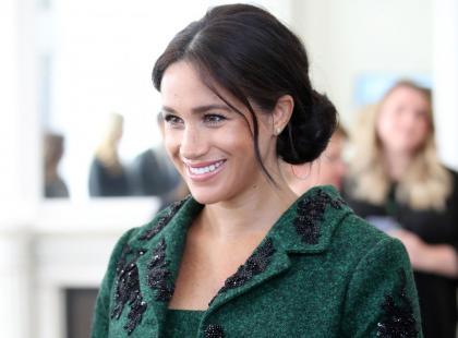 Księżna Meghan wydała majątek na ciążową garderobę! Jak wypada na tle księżnej Kate?