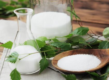 Ksylitol – czy warto zastąpić nim biały cukier?