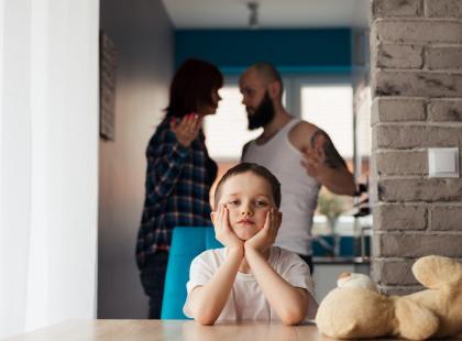 Kto ma się zająć dzieckiem po rozwodzie? A może rodzice na zmianę?