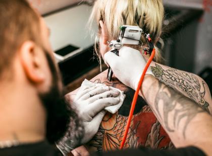 Kto może zostać tatuatorem? 6 rzeczy, o których możesz nie wiedzieć