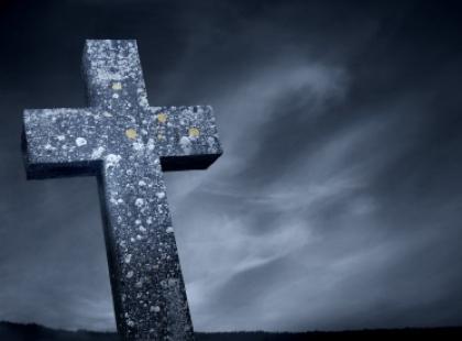 Kto wierzy w życie pozagrobowe?