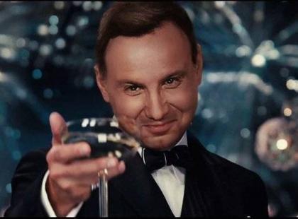 Kto żyw wybierał się na sylwestra z Dudą. Andrzejem Dudą. Prezydent pozdrowił wszystkich uczestników.