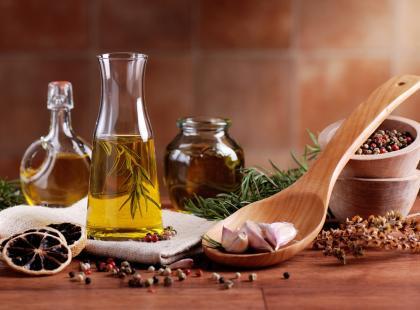 Które oleje są zdrowe? Poznaj największe mity o olejach!