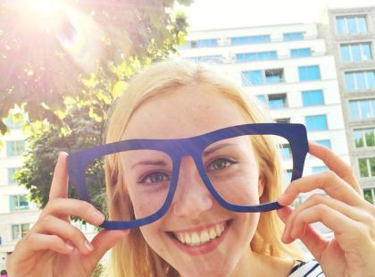 Kupujesz okulary przeciwsłoneczne w sklepie? Sprawdź, co ci grozi!