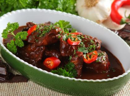 Kurczak meksykański w sosie czekoladowym (mole) - przepis