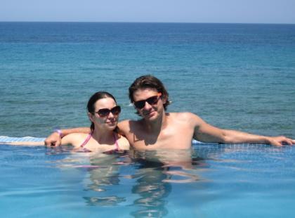 Kwaśny z ukochaną na wakacjach w Grecji