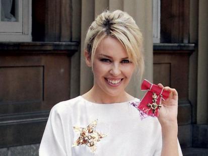 Kylie Minogue, Książę Harry, Elton John - Gwiazdy charytatywnie