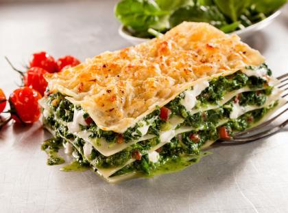 Lasagne ze szpinakiem z mozzarellą i fetą