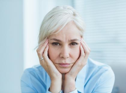 Lęk w połączeniu z objawami depresji to przejaw nerwicy depresyjnej. Jak rozpoznać to zaburzenie?