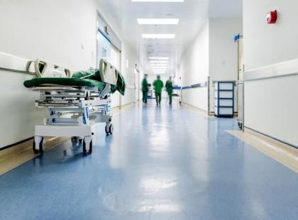 """""""Lekarka zza biurka stwierdziła, że to ospa"""". 2-letnia dziewczynka umarła"""