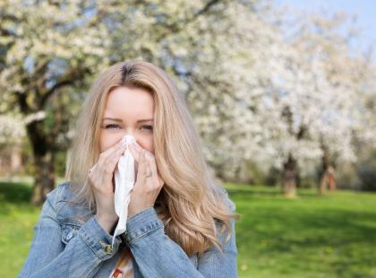 Lekarze biją na alarm! Masz alergię na pyłki? Nie zapomnij o...