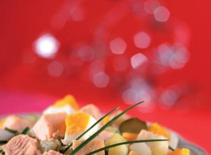 Litewska sałatka z łososia