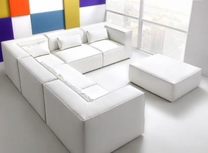 Livingroom - designerska sofa