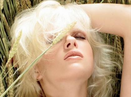 MAC Naturally Beauty - kolekcja na luty 2012