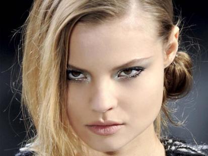 Makijaż jak z pokazu: Chanel - zima 2012
