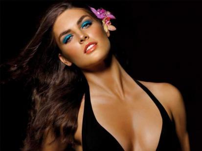 Makijaż na lato 2010: Bronze Goddess