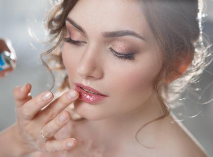 Makijaż na wesele musisz wykonać sama? Nie martw się o nic – ten uda ci się na pewno!