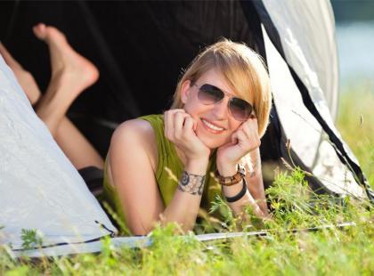 Makijaż pod namiotem