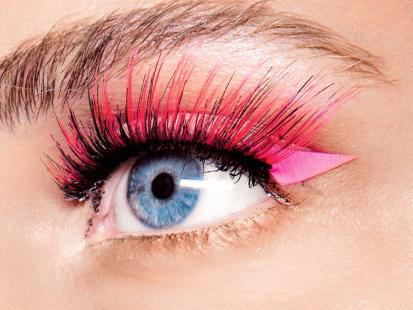 Makijaż-trendy 2012: Amarant i czerwień